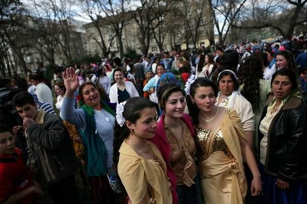 保加利亚新娘集市 美女值千欧元