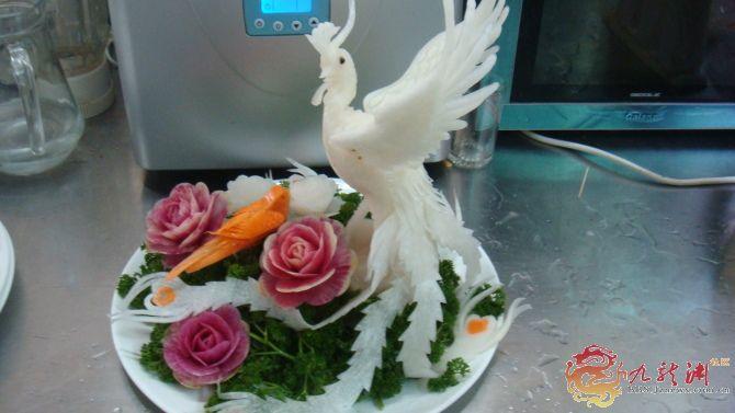晶威大酒店厨师雕刻作品