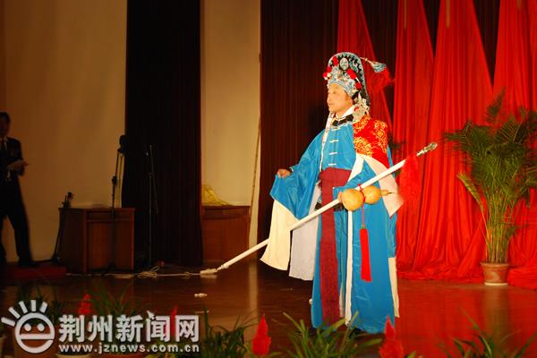 县处班:京剧《大雪飘扑人面》