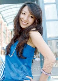 街拍18位北京街头美女靓发-街拍18位北京街头王大人美女图片