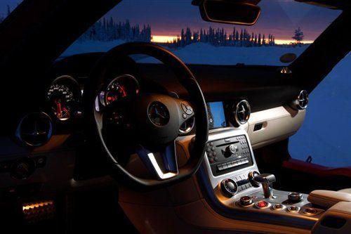 浪漫之旅 冰雪试驾奔驰2011款sls amg超跑高清图片