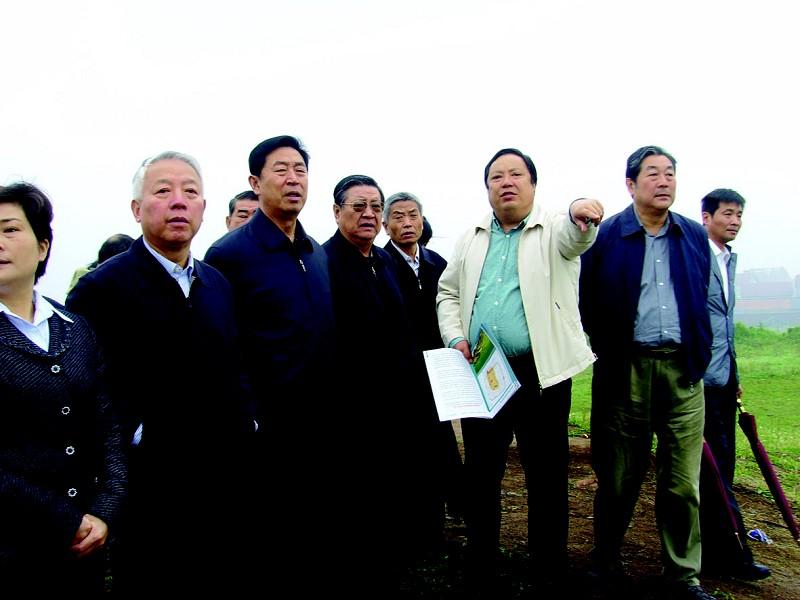 全国人大常委会文物保护法执法检查组视察荆州
