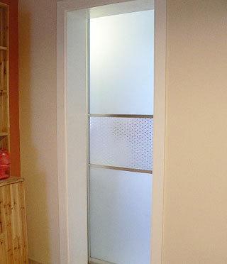 80平米两室两厅装修图:来到卫生间高清图片