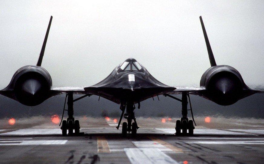 """揭秘比子弹还快的飞机:""""黑鸟""""间谍侦察机"""