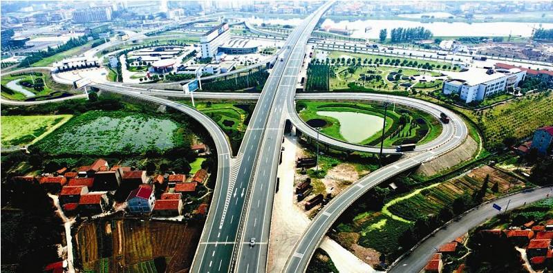 荆州市境内有长江干流483公里