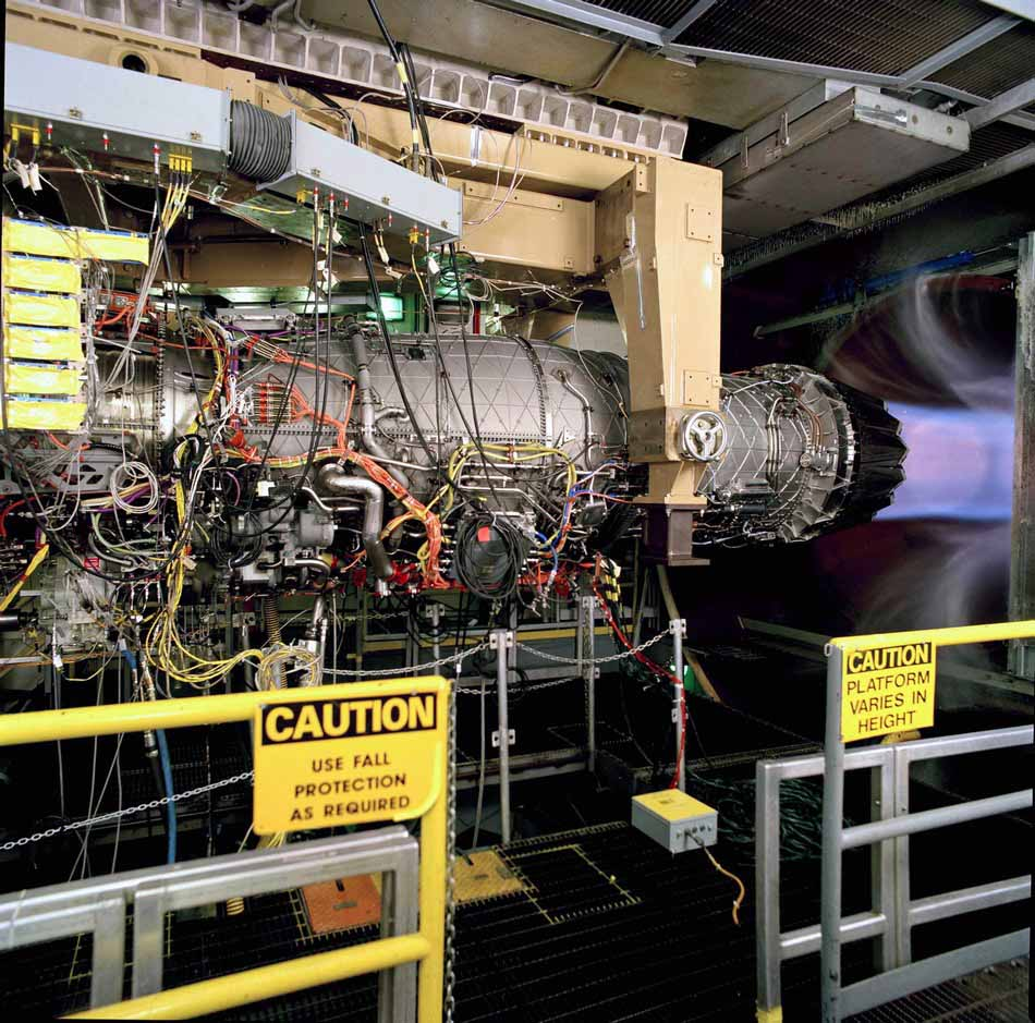 高清:世界最先进f-135航空发动机实验过程
