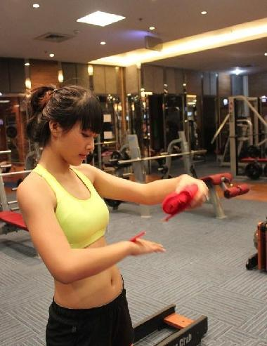 15岁越南拳击美女网络爆红