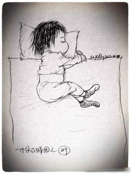 太有才华的一位爸爸了,图中爱意浓浓,呵呵~不过小孩子睡觉还真就是