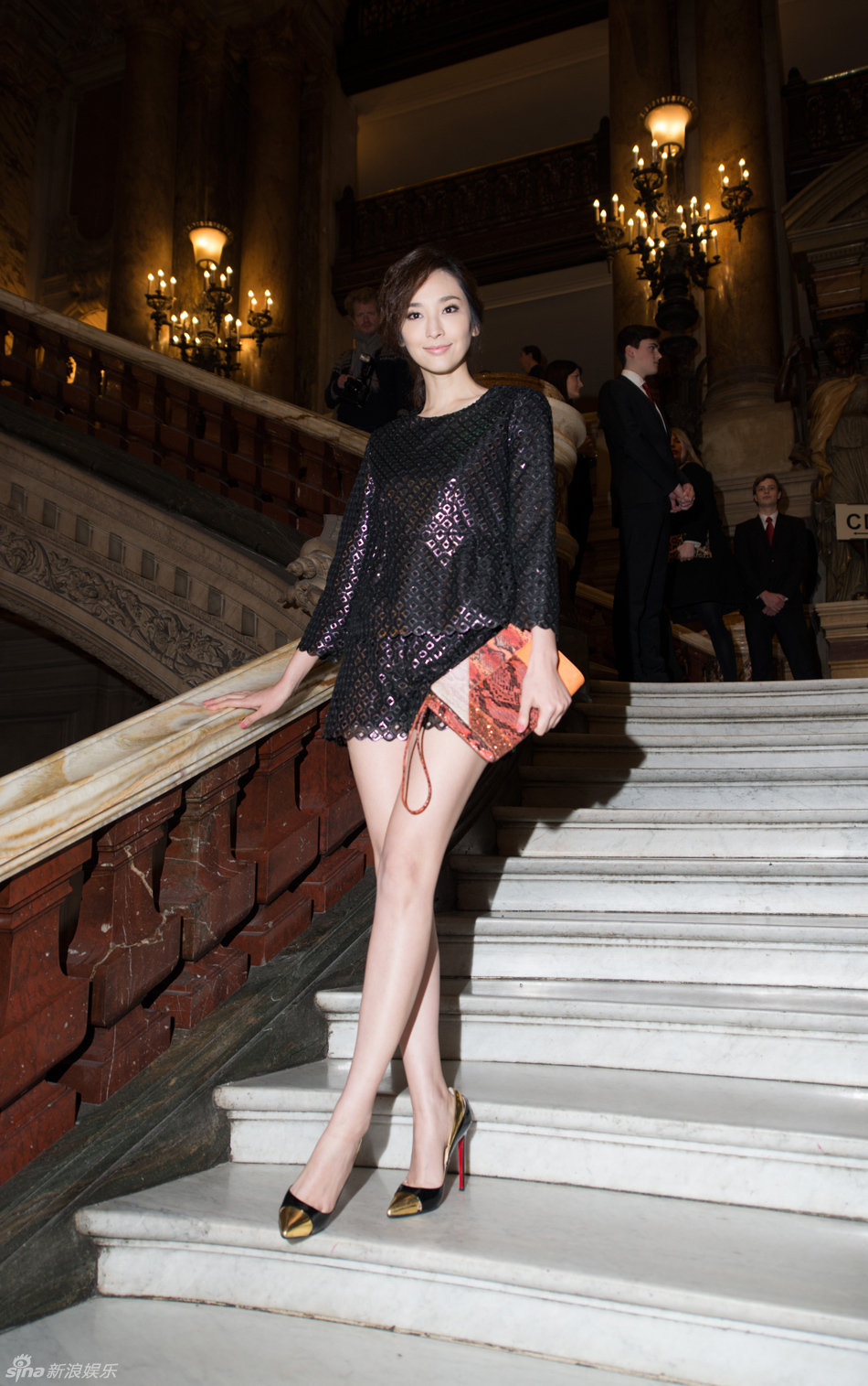 全球时尚领军人物和潮流明星已经云集巴黎图片