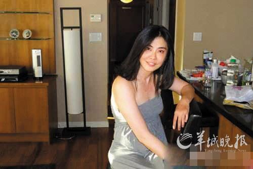 王祖贤息影11年复出 家居素颜照显老态(图)