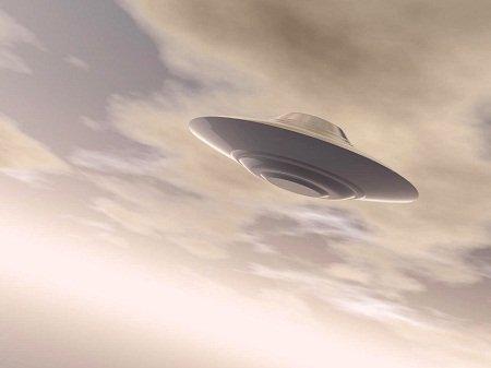 神农架惊现不明飞行物状如帽子 著名ufo事件大盘点