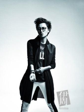 周笔畅7月连登时尚杂志:我是歌手也是设计师