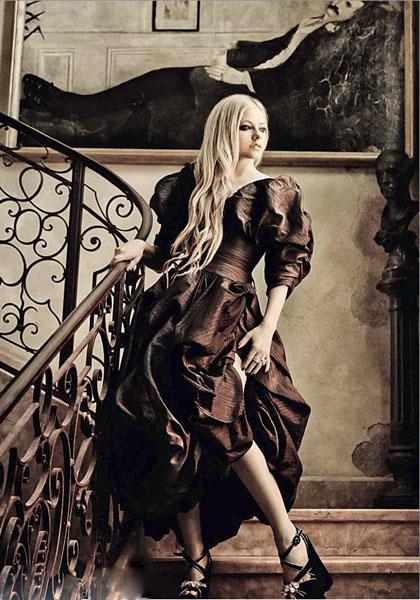 艾薇儿复古写真大片 携老公诠释时尚高清图片