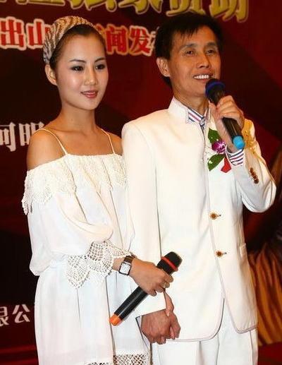 赵丽颖刘亦菲连环撞衫六次,最后竟然没分出高低