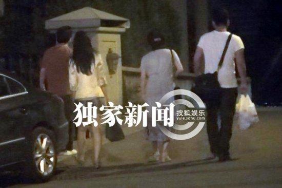 刘亦菲与干爹关系成谜 刘亦菲PS裸照曝光