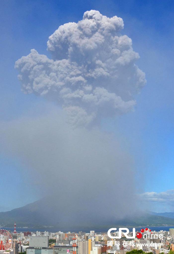 日本樱岛火山爆炸性喷发浓烟高达5千米 - 新文明之光 - 新文明之光