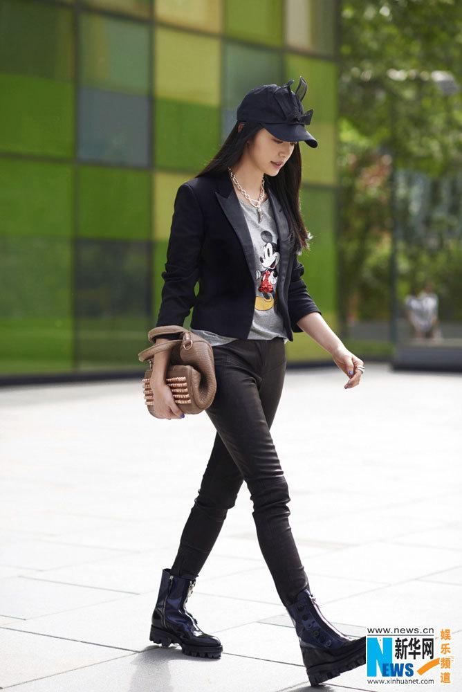 女英伦皮鞋搭配图片