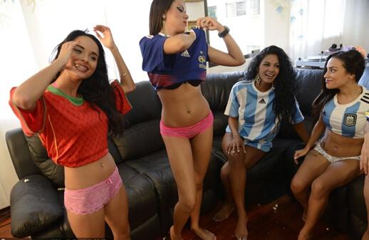 委内瑞拉美女主播脱衣播报世界杯