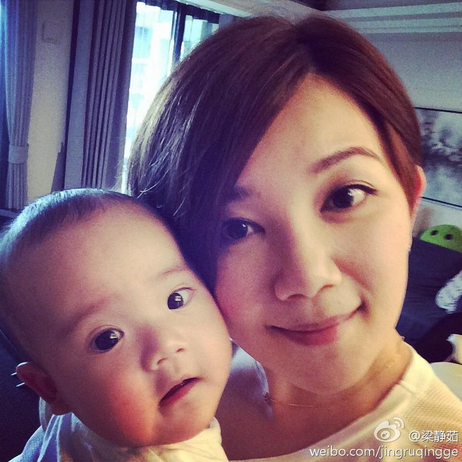 好友否认王菲怀孕 娱乐圈高龄产妇生孩子不容易