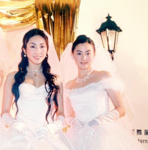 新浪娱乐讯近日,张柏芝官方微博发布了一组早年前张柏芝、黎姿未曝