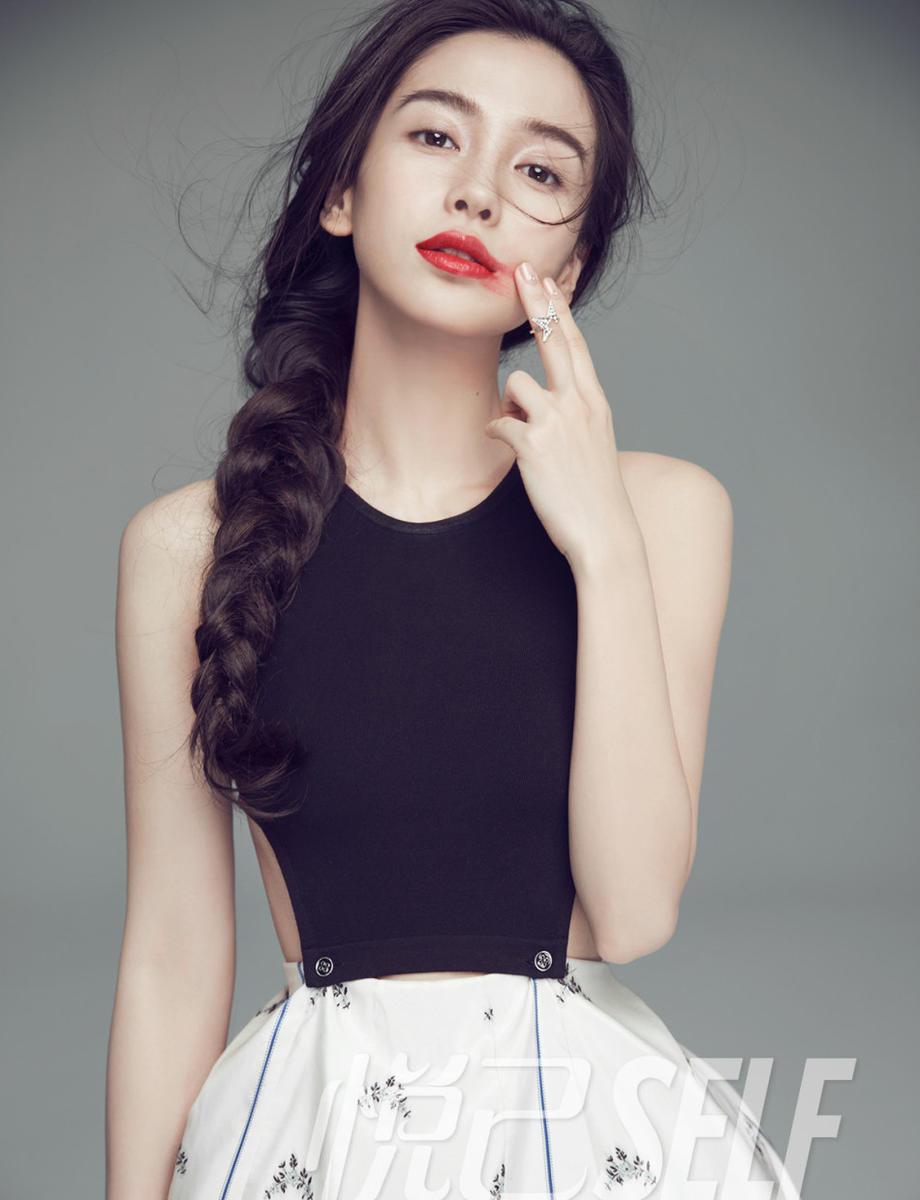 2017年杨颖黑白qq头像