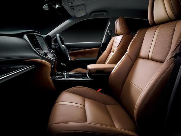 日版2016款皇冠发布 入门车型配涡轮动力高清图片