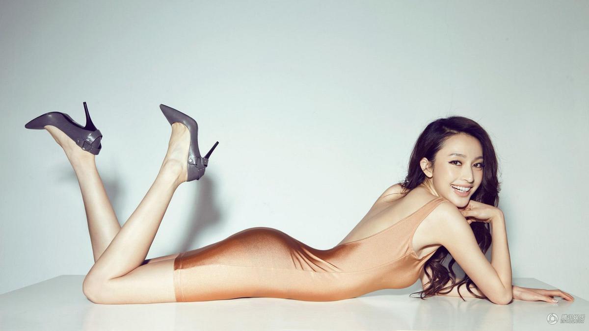 腿控福利 林志玲柳岩娱乐圈拥有逆天长腿的明星