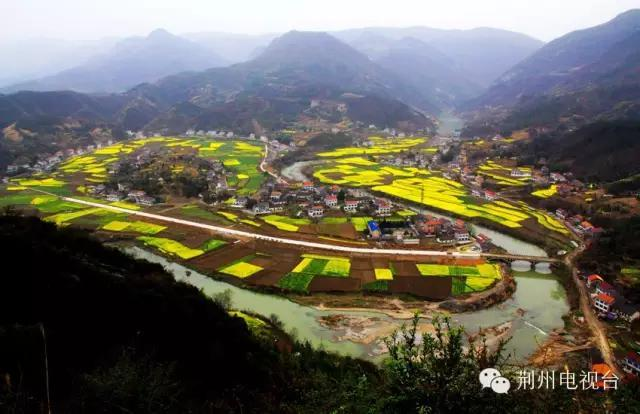 蓝田生态旅游风景区位于洪湖市瞿家湾镇,是国家aaaa级旅游景区