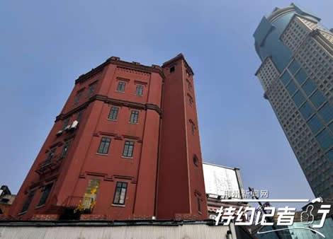 武汉的欧式建筑大多集中在江汉路及其以东的老租界内,这里,坚实的图片