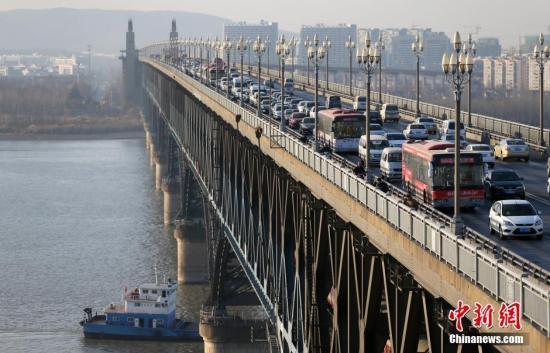 10月28日南京长江大桥全封闭大修
