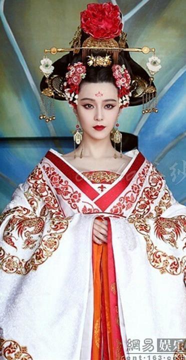古装皇后人物图片