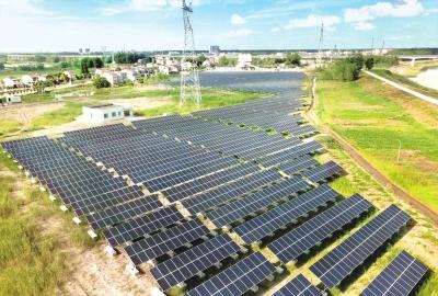 光伏+田园 石首用生态科技产业园建设美丽新农村