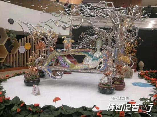 特约记者行:台湾女士荆州筹备插花艺术展
