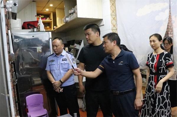 荆州区加强网络订餐食品安全监管 确保舌尖上的安全