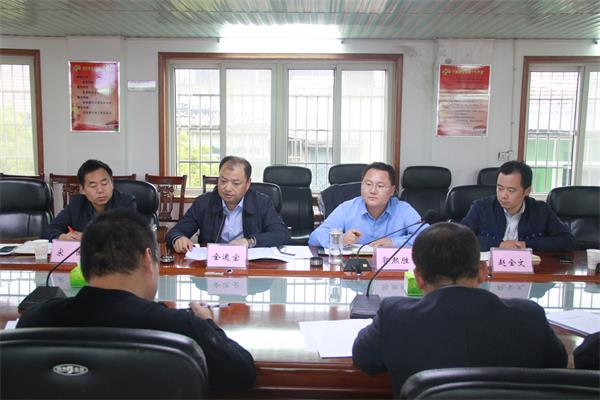 全运宝带队调研荆州区城市管理工作