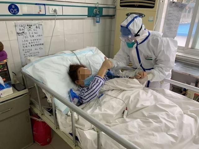 与新冠肺炎抗争20天 她获得了第二次生命